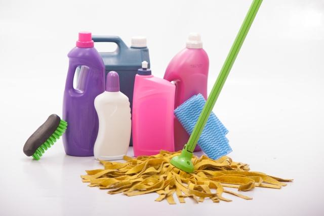 各種洗剤・清掃用品販売